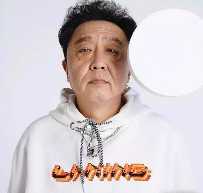 李宁眼光独到啊,选的代言人竟然是于大爷,中国大爷和