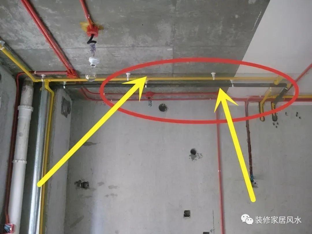 传统卫生间水电都是走地面,懂行的师傅都开始这样做