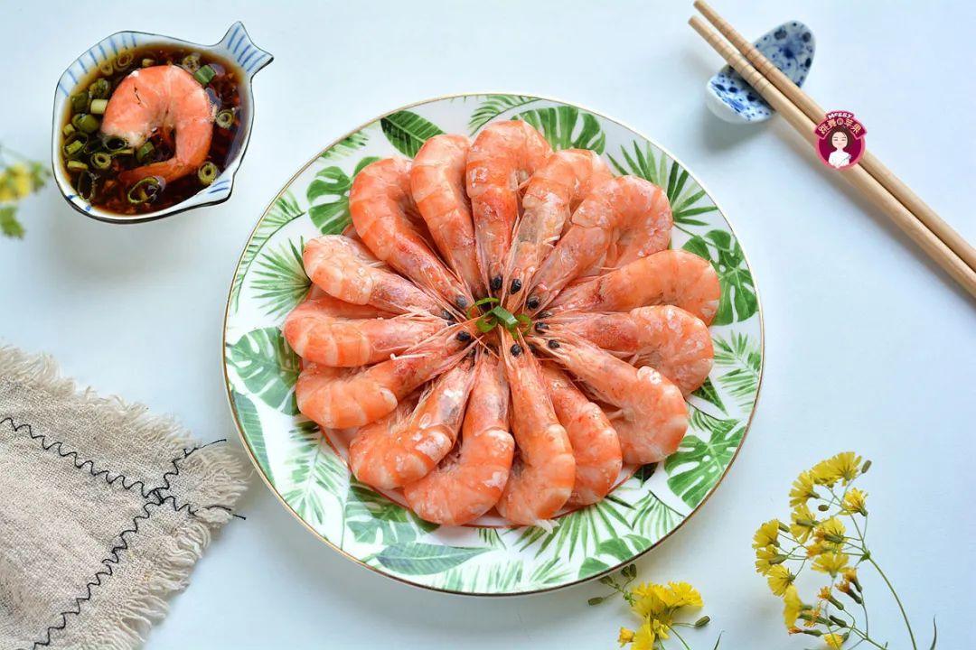 白灼虾:虾最简单的吃法,原汁原味,又鲜又嫩